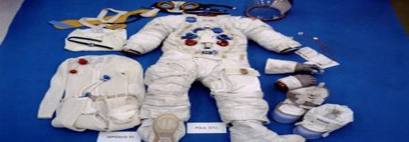 por que el traje de los astronautas es blanco