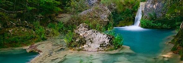 ¿Sabías que existe un río de color turquesa?
