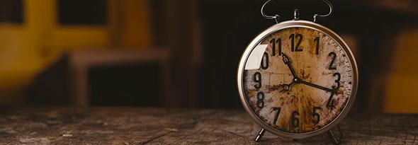 ¿Sabías cómo surgió el primer despertador?